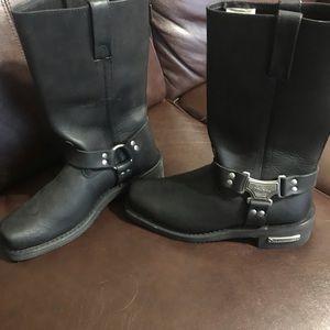 Brand new Milwaukee motorcycle boots sz 10 womens